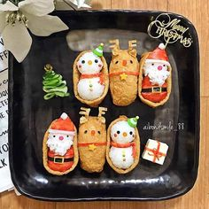 Holiday cooking detail are available on our site. look at this and you wont be sorry you did. Christmas Party Food, Xmas Food, Food Crafts, Diy Food, Cute Food, Yummy Food, Bento Box Lunch For Kids, Japanese Food Art, Bento Recipes