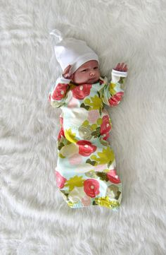 newborn coming home outfit // cute floral pattern sleep sack