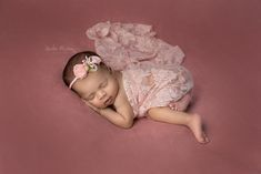 Yinelia's Photography specializes in Newborn and Maternity photography in Missouri City, TX. Maternity Photography, Portrait Photography, Types Of Portrait, Missouri City, Newborns, Newborn Photographer, Children, Baby, Young Children