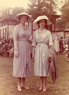 At the races, 1957