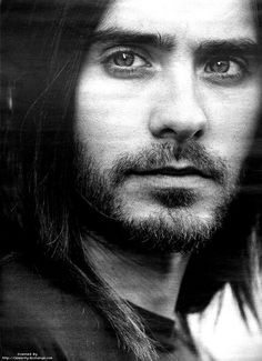 """Jared Leto. Just enough grunge to be hot.... Lately Mr. Leto, you've been taking that whole """"grunge"""" thing too far. Trim it up and take a shower! :)"""