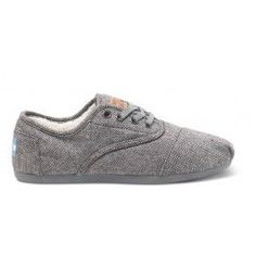 TOMS Herringbone Women's Cordones // cozy and comfy perfect gift for any lady!