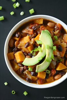 Jenna's Notes: Sweet Potato Black Bean Chili - I added ground beef, 1.5 times the amount of chili powder, about 1/4tsp cayenne, about 1.5tsp salt, .5tsp pepper, whole can of tomatoes, 4-5 sweet potatoes, frozen corn at the end. Served with limes, sour cream, avocado, and cheese.