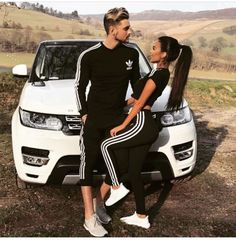 30 Matching Couple Outfits For Every Occasion - Part 6 Couples Assortis, Cute Couples Goals, Couple Goals, Matching Couple Outfits, Matching Couples, Cute Relationship Goals, Cute Relationships, Marriage Goals, Couple Relationship