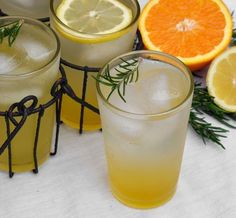 Drink #Recipe: Rosemary Citrus Spritzer