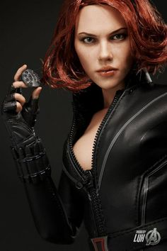 MARVELS THE AVENGERS: New Promo Images Of Hot Toys Black Widow Collectible Figure
