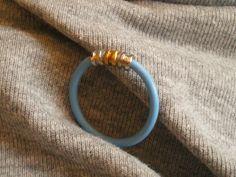Pierścionek z przewodu i kołeczków od strun.  #handmade #pierscionek_z_przewodu
