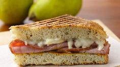 Hearty Ham and Pear Panini Recipe, I want to make this today!
