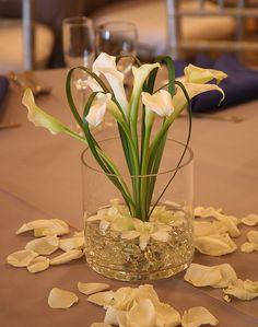 Simple flower center piece