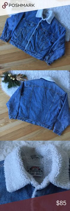 """Vintage Levi's Sherpa Jean Jacket Great vintage find.  The denim is distressed and frayed at the hems and some light staining.  .  I believe this is an 80,s Jacket boxy and shorter than the current Levi's Sherpa jackets.  Fully lined.  Made in the USA. Chest 45"""" and length is 25"""" Levi's Jackets & Coats Bomber & Varsity"""