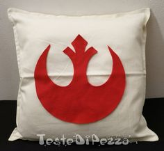 star wars pillow that I could totally make. [you are part of the rebel alliance and a traitor... now take her away... tee hee]