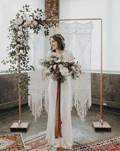 Bohem, modern, geleneksel... Üçünün şaşırtıcı ama bir o kadar da göz kamaştırıcı ahengi... Çok sıcak bir fotoğraf köşesi olmuş. Burada fotoğraflarınız olsun isterseniz; söylemeniz yeter, sizin için buradayız! . . . .  #wedding #engagement #weddingorganization #düğün #düğünorganizasyonu #düğünhazırlıkları #fotoğraf #photography #fotoğrafköşesi #photobooth #natural #flower #background #arkaplan #decor #decoration #weddingdecoration #chic #simple #diy #crafts #bohem #modern #geleneksel Elope Wedding, Boho Wedding, Wedding Ceremony, Wedding Church, Wedding Country, Wedding Bride, Wedding Venues, Church Weddings, Elopement Wedding