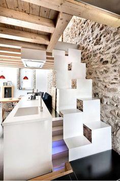 Escalera de diseño para lugares con poco espacio.