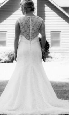 Allure Bridals C322: buy this dress for a fraction of the salon price on PreOwnedWeddingDresses.com