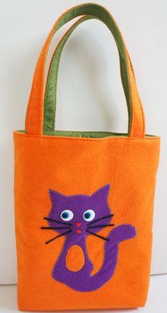 Kedili keçe çanta Cat Bag, Cat Decor, Cat Accessories, Cat Jewelry, Quilted Bag, Cat Gifts, Cloth Bags, Crochet Designs, Handmade Bags