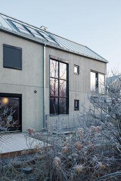 Enebolig Øvre Smedstadvei   wood arkitektur+design Woods, Garage Doors, Outdoor Decor, Design, Home Decor, Decoration Home, Room Decor, Woodland Forest
