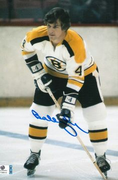 Bobby Orr. Stars Hockey, Hockey Teams, Sports Stars, Hockey Stuff, Wvu Sports, Canada Hockey, Hockey Pictures, Bobby Orr, Boston Bruins Hockey