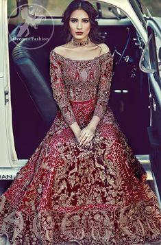 67 Ideas For Wedding Dresses Pakistani Bridal Lehenga Red Pakistani Bridal Lehenga, Pakistani Wedding Dresses, Indian Wedding Outfits, Bridal Outfits, Best Wedding Dresses, Indian Dresses, Indian Outfits, Red Lehenga, Pakistani Hair