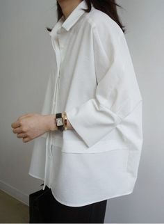 oversize womens clothing casual look in white shirt – Mode für Frauen Looks Street Style, Looks Style, Casual Looks, Mode Outfits, Fashion Outfits, Womens Fashion, Fashion Tips, Fashion Trends, Fasion