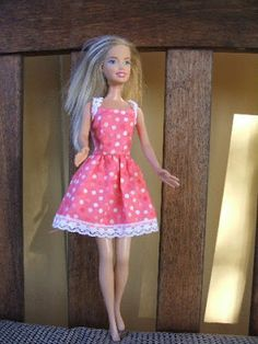 Vintage Barbie Doll Dress Tutorial (& printable pattern)| mellebugandme