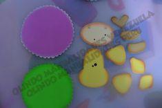 Manualidades en foami, fofuchas, fomy  goma eva Sugar, Desserts, How To Make, Crafts, Decorated Notebooks, Animals, Felt Giraffe, Jelly Beans, Activities