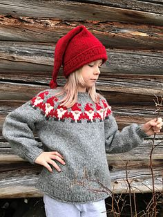 Ravelry: Nissegenseren pattern by Ingvill Freland Knitted Hats, Crochet Hats, Ravelry, Christmas Time, Xmas, Crochet Clothes, Knitting Patterns, Winter Hats, Crafts
