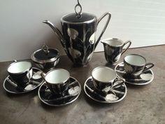Friedrich Deusch Sterling Silver Overlay Porcelain Demitasse Tea Set Signed #ArtDeco #FriedrichDeusch Antique Tea Sets, Friedrich, Porcelain Ceramics, Cup And Saucer, Overlays, Art Decor, Miniatures, Sterling Silver, Antiques