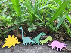 "Choose your own sugary prehistoric beasts! T-Rex - 1.25"" Tall Brontosaurus - 1.5"" Tall Raptor - 1"" Tall Stegosaurus - 1.25""..."