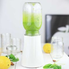 Mason Jar Blender für deine Smoothies! Ganz einfach direkt im LIEBLINGSGLAS mixen und mitnehmen! Cheers!