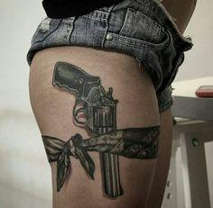 19 Ideas Tattoo Frauen Oberschenkel Waffe For 2019 Mutterschaft Tattoos, Tattoo Femeninos, Dope Tattoos, Lace Tattoo, Body Art Tattoos, Girl Gun Tattoos, Girl Thigh Tattoos, Girl Shoulder Tattoos, Tattoos Skull