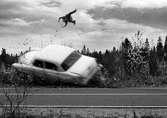 """I used this picture because I think it best represents the end of the book. Near the end of the book Adam remembered a car accident. """"The car. Like a monster. The car. Carros Vintage, Volkswagen, Creepy Pictures, Creepy Images, Car Crash, Us Cars, Historical Photos, Belle Photo, Old Photos"""