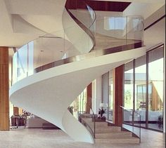 Roun stair