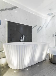 Origami bath from the Kelly Hoppen collection for apaiser baths aka The Cupcake!