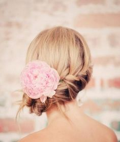 prom hairstyles updos 2012