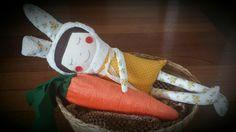 Easter doll/ Boneca de Páscoa