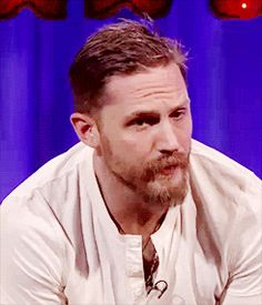 GIF: Tommy on Alan Carr Chatty Man show - September 11, 2015 / TH0139B