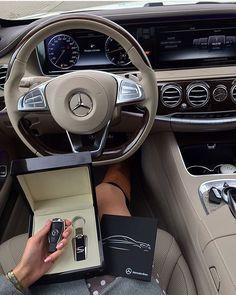 mercedes benz \ mercedes benz ` mercedes benz cars ` mercedes benz amg ` mercedes benz wallpaper ` mercedes benz g wagon ` mercedes benz suv ` mercedes benz classic ` mercedes benz logo Dream Cars, My Dream Car, Dream Life, Mercedes Auto, Maserati, Renault Megane, Audi, Lux Cars, Kia Sorento