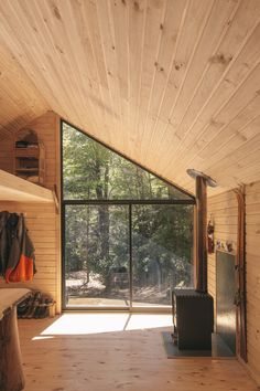 Image 9 of 14 from gallery of PV Cabin / Lorena Troncoso-Valencia. Image Courtesy of Lorena Troncoso-Valencia Tiny House Cabin, Cabin Homes, Cabin Design, House Design, Cabin Kits, A Frame Cabin, Cabin Interiors, Affordable Housing, Cabins In The Woods