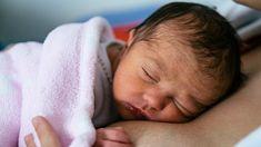 Naissance : ces violences sur nos bébés qu'on appelle « soins »…