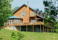 Country Weddings and Vacation Rental Lodging in Townsend, Tennessee near Gatlinburg and the Great Smoky Mountains National Park | Townsend Lodging