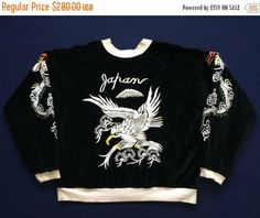 DESCRIPTION  Vintage Japanese Army Sukajan Reversible Jacket Embroidered Souvenirs Bomber L Varsity Jacket  Condition : Flawless Size on tag : L like