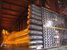 Wat Pho - Temple of the Reclining Buddha - Bangkok, Thailand