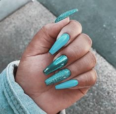 Nail - 25 most stunning and beautiful blue blue nails for fashion 2019 - Pa . - - 25 most amazing blue and beautiful blue nails for fashion 2019 - Page 14 of 25 - nails nail ideas trendy nails b. Blue Glitter Nails, Blue Chrome Nails, Blue Coffin Nails, Neon Blue Nails, Blue Stiletto Nails, Metallic Nails, Glitter Hair, Glitter Boots, Nagellack Design