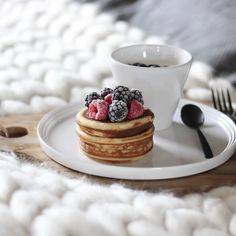 Norli tableware in white. Photo by @trineroed