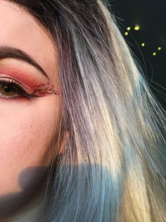 Blonde 🌼☀️✨ Makeup Art, Makeup Looks, Pop Art Makeup, Make Up Styles, Make Up Looks