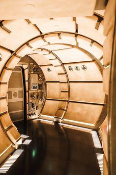 Star Wars Room, Star Wars Art, Star Trek, Star Wars Pictures, Star Wars Images, Millenium Falcon, Star Wars Models, Star Wars Wallpaper, Star War 3