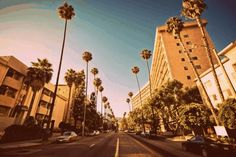 Explore a new city? | 23 Whimsical GIFs That Will Make You Want To Go Somewhere New