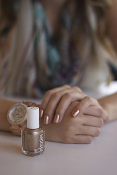 essie rose gold