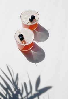 Gin and juice fizz. This looks like a summer holiday in a glass.
