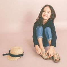 benebene - GIRL LOOK NO.99#LouieTucker Asian Kids, Asian Babies, Cute Kids, Cute Babies, Style Hipster, Ulzzang Kids, Cute Baby Pictures, Ulzzang Fashion, Kid Styles